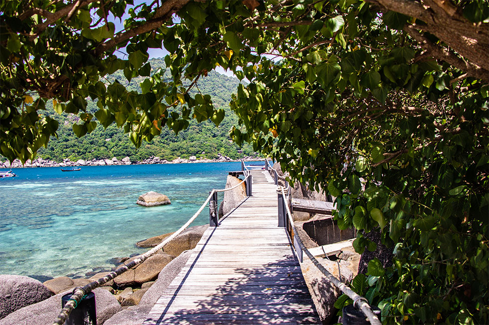 Walkway on Koh Nang Yuan near Koh Tao