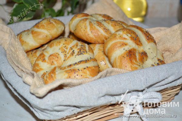 Немецкие булочки с секретом (Laugenbrötchen) фото к рецепту 8