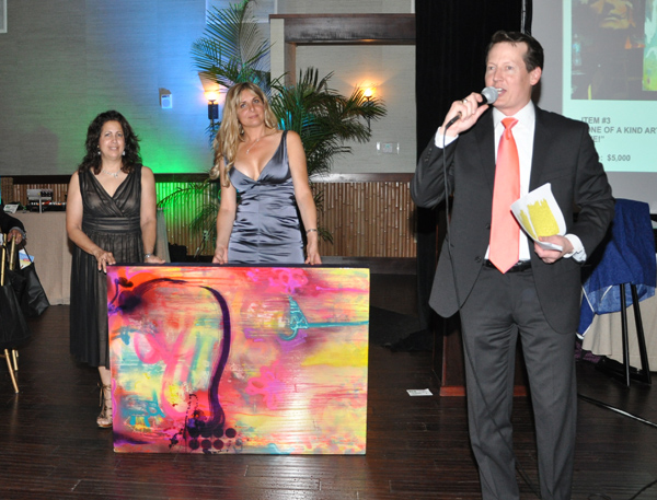 New Chamber Hosts Installation Gala