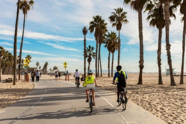 Los Angeles In A Day Bicycle Tour - Ultimate LA Experience