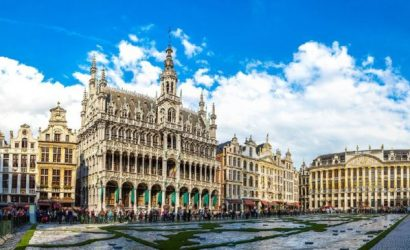 6-Day Amsterdam to London Tour: Holland, Belgium, France, England