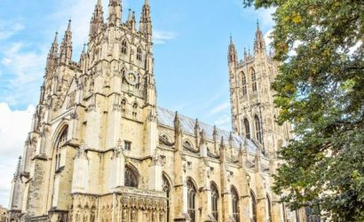 Leeds Castle, Dover, and Canterbury Cathedral Day Trip from London