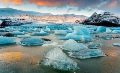 6-Day Iceland Winter Holiday: Secret Lagoon, Golden Circle, Northern Lights, Ice Cave
