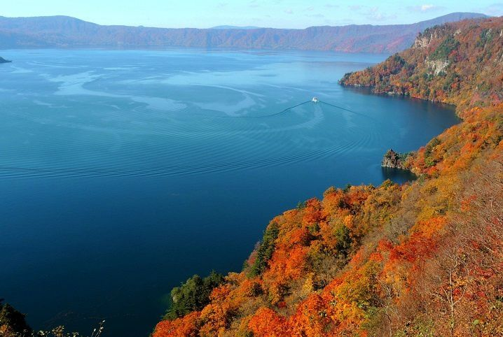 3-Day Japan Autumn Golden Route in Tohoku from Tokyo