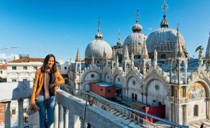 Venice Walking Tour with Grand Canal Water Taxi and St. Mark's Basilica Guided Tour