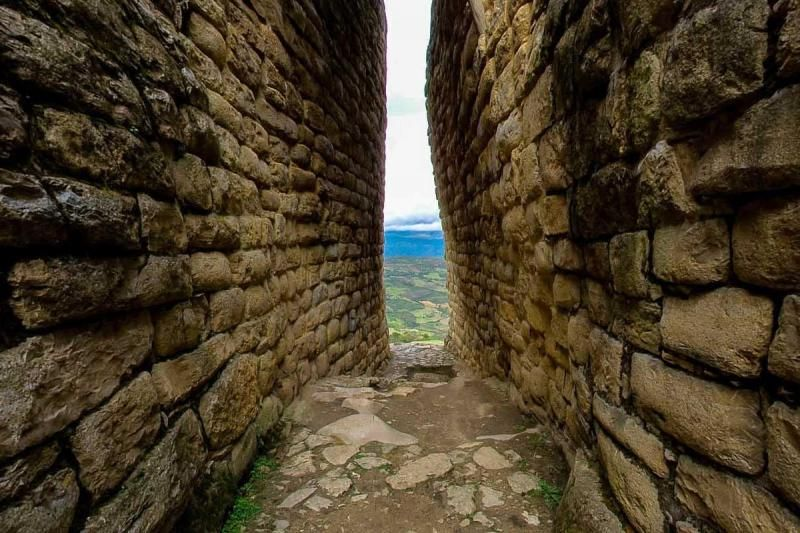 Keulap Fortress Day Trip From Chachapoyas