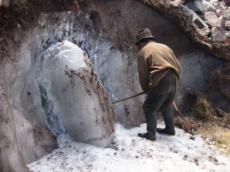 Baltazar Ushca working on the ice block