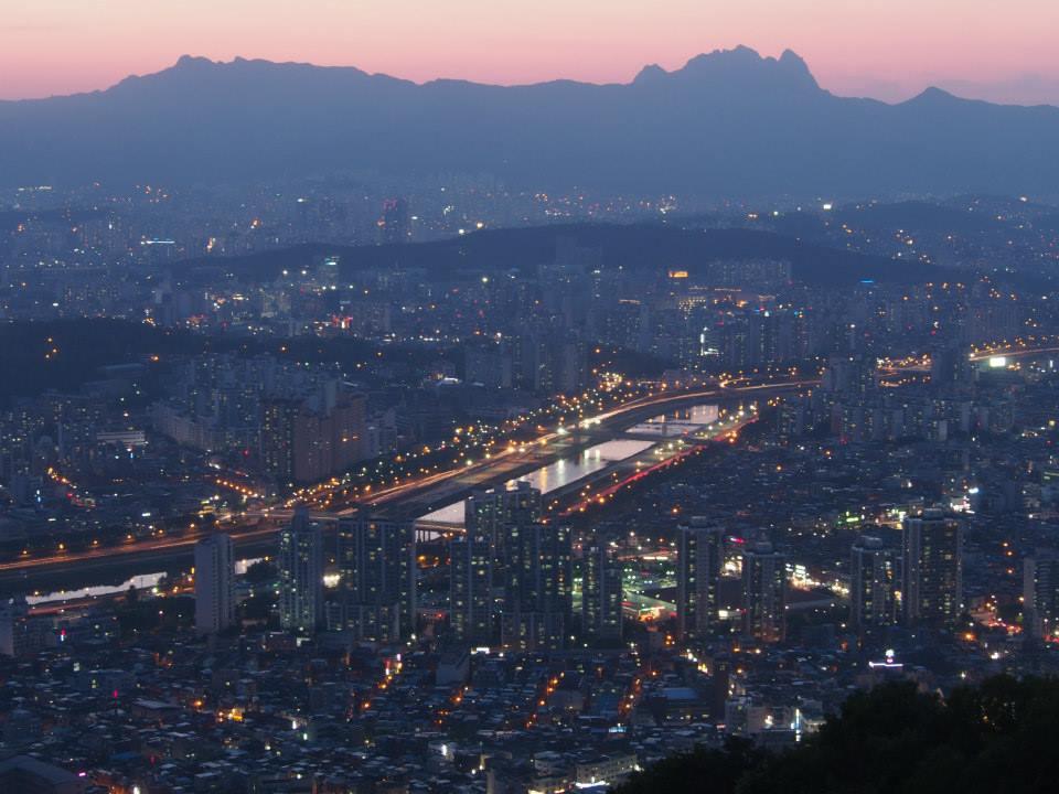 Seoul Best Viewpoint #4 - Yongmasan