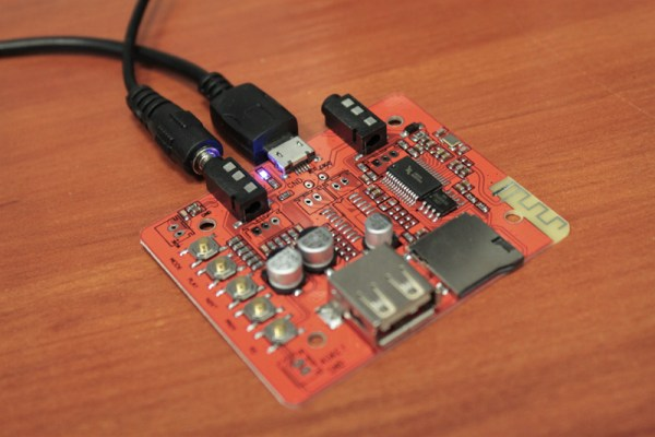 Podłączony moduł odtwarzacza mp3
