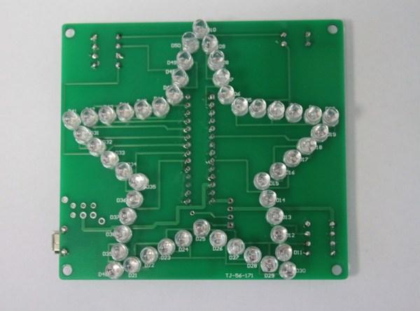 Płytka PCB z przylutowanymi diodami
