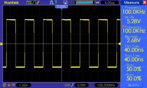 Przebieg prostokątny o częstotliwości 100kHz