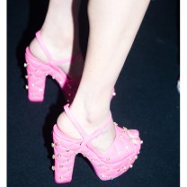 acessorios-barbie-moschino-desfile-milan-fashion-week-blog-moda-got-sin06