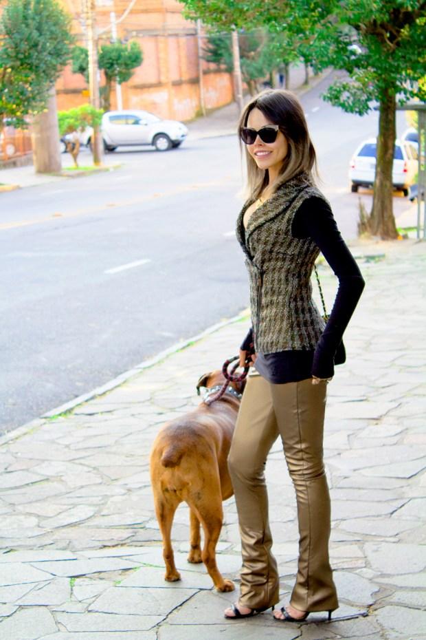 sininhu sylvia santini meu look cabelo curto colete tweed calça de couro dourado preto john john bolsa chanel blog got sin 33