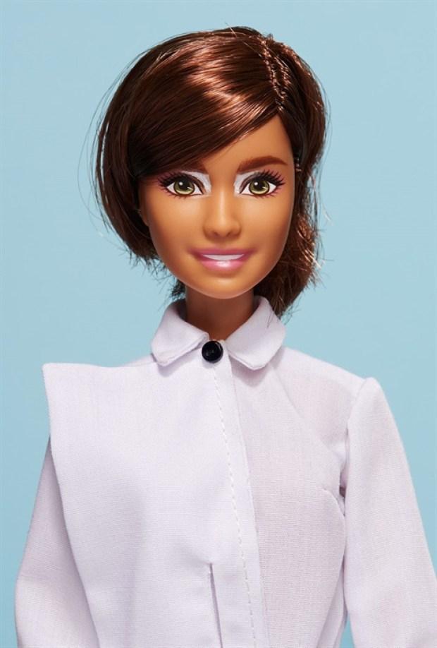 Barbie global beauty beleza global cutstomizadas vogue italia estilistas italianos blog got sin 15