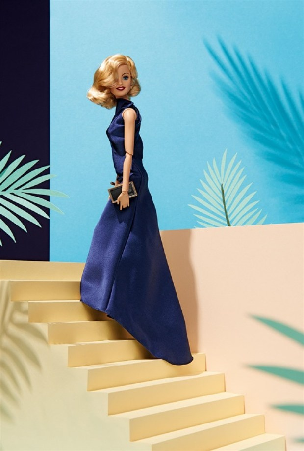 Barbie global beauty beleza global cutstomizadas vogue italia estilistas italianos blog got sin 38