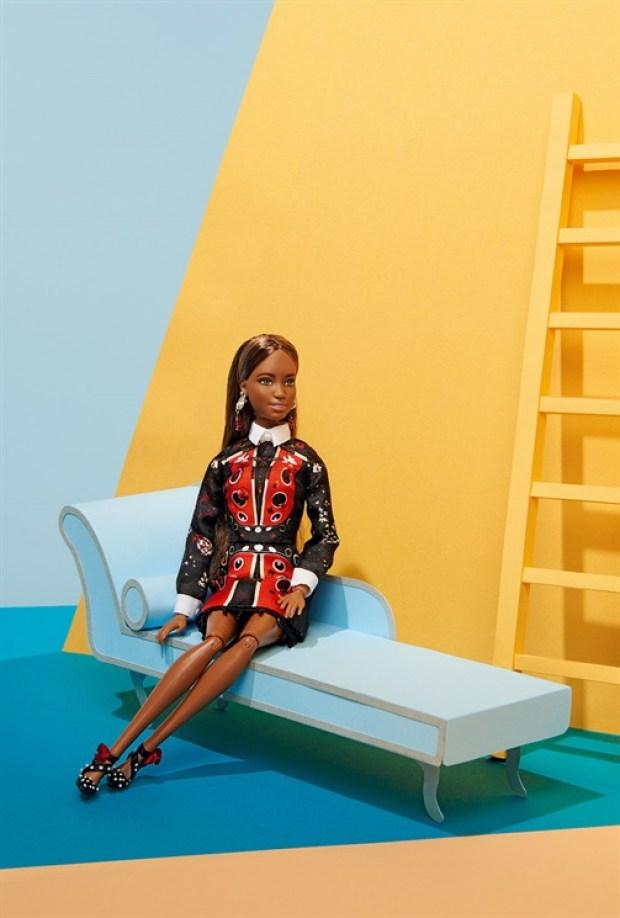 Barbie global beauty beleza global cutstomizadas vogue italia estilistas italianos blog got sin 40