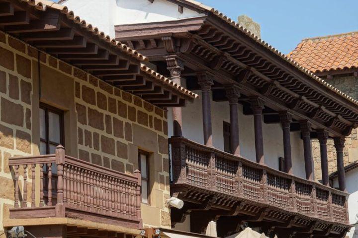 House view at Poble Espany
