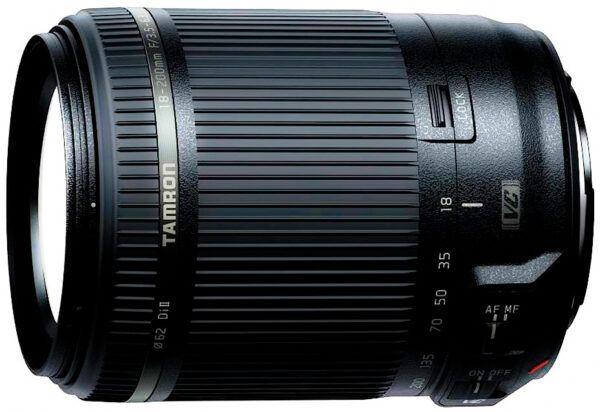 Tamron 18-200mm f 3.5-6.3 Di II lens close up