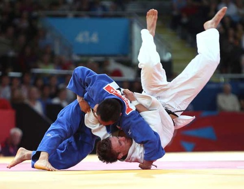 【放送事故】 オリンピック柔道でロシアの♀選手が失禁wwwwww (画像あり)