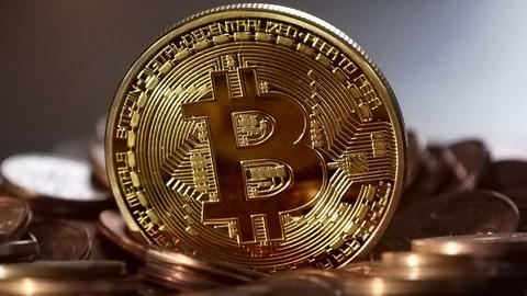 ビットコインが上がってから焦って買うやつwwwwww
