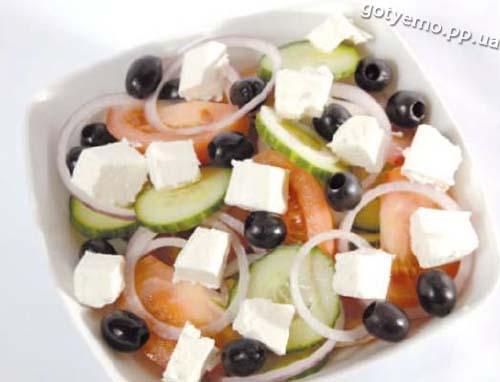 викладений салат