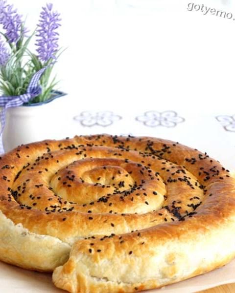 Пиріг-равлик з трьома начинками
