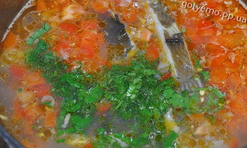 рецепт гострого овочевого супу з камбалою
