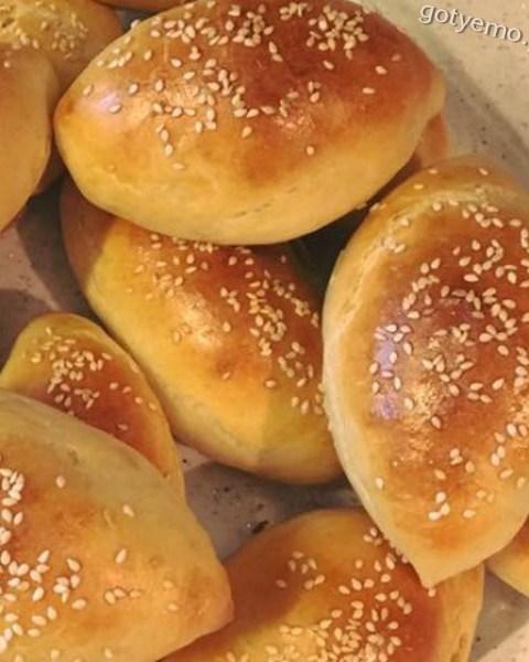Домашні булочки з картоплею