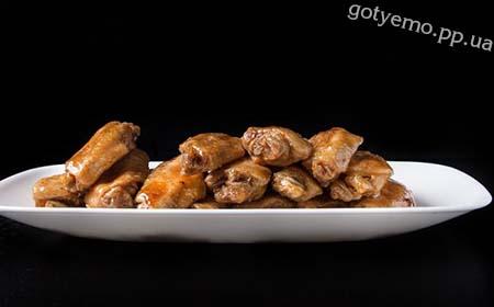 рецепт курячих крилець в медово-соєвому соусі