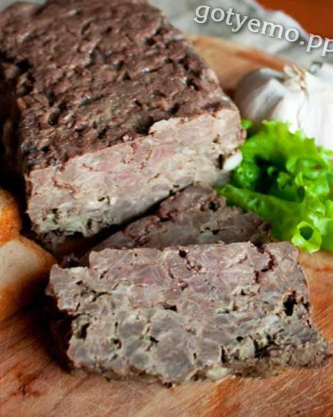 Террін зі свинини з курячою печінкою