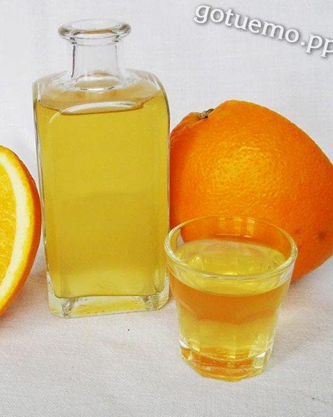 Апельсиновий лікер