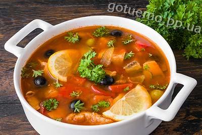 рецепт рибної солянки