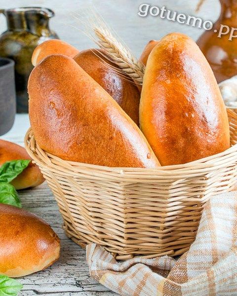 Пиріжки з лисичками і картоплею