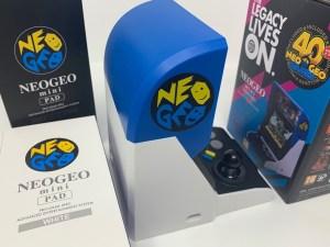 Unboxing Neo Geo Mini International Edition