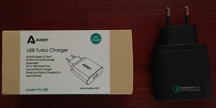 Aukey USB Turbo Charger: cargador rápido con la alucinante tecnología Qualcomm Quick Charge 2.0