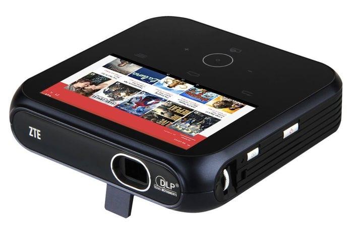 Los 3 mejores proyectores portátiles de 2015: ZTE Spro