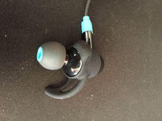 Mixcder-Flyto-auriculares-3