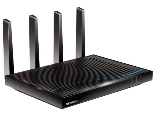 Ahorra 100€ en el router Netgear NightHawk X8 R8500-100PES en Amazon - ahora solo cuesta 339€