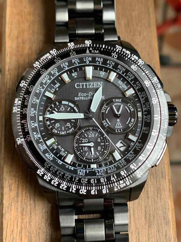 Reloj Citizen Eco Drive CC9025-51E Satellite Wave GPS Sky Premier: esfera