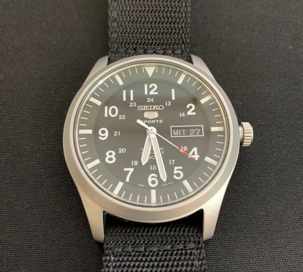 Procedimiento seguro para cambiar la fecha y el día en los relojes mecánicos (o automáticos)