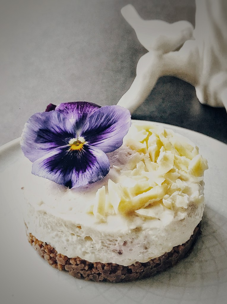 Mother's Day flower cake - cheese cake with ginger biscuit crust and vanilla white chocolate hibiscus cream