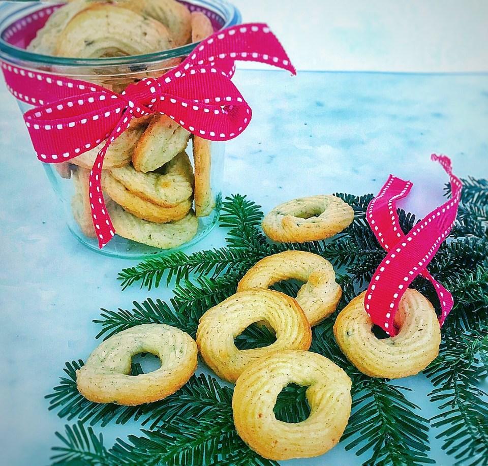 Vanilla butter cookies - classic Danish Christmas cookies