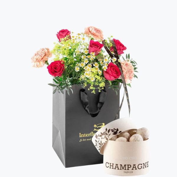 Somergave bukett med champagnetrøfler levert på døra