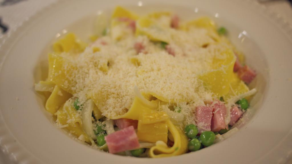 Pappardelle with Peas, Ham and Cream