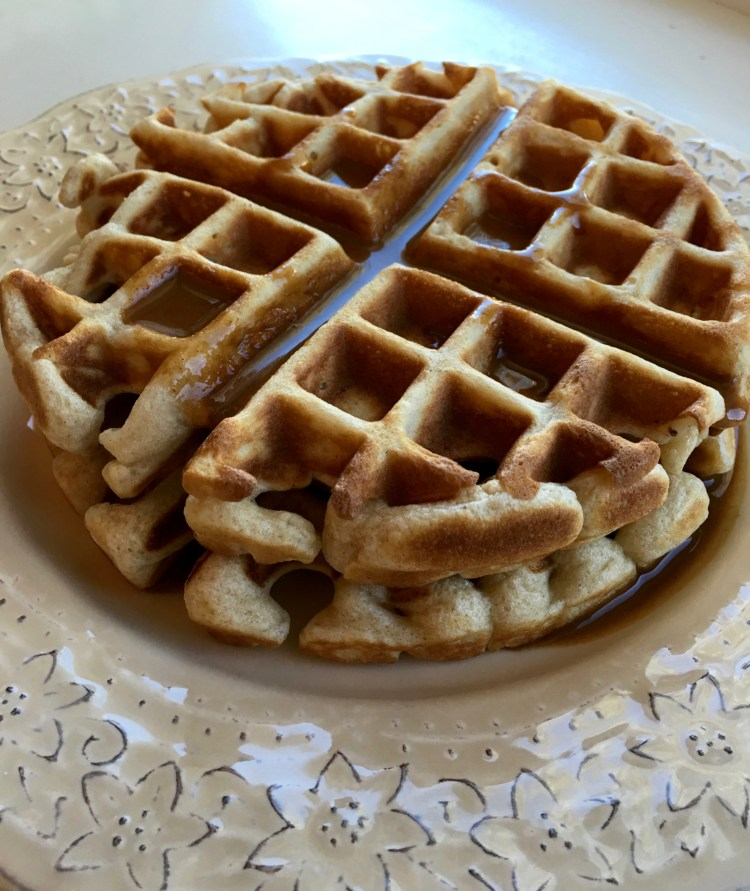 cinnamon waffles with cinnamon cream sauce
