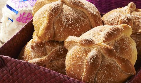 Mexican breads history pan de muerto