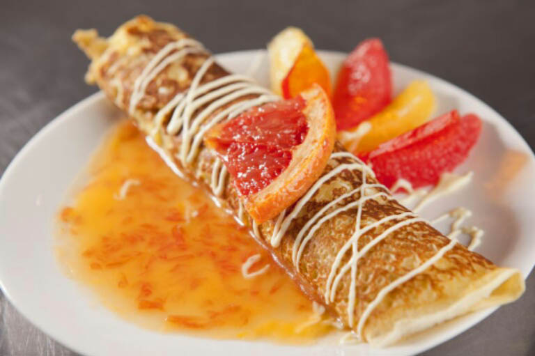 Valentine's Day Dessert: Citrus Crepes