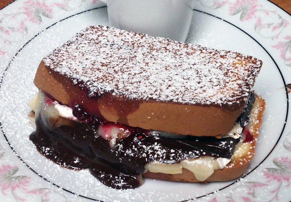 Valentine's Day Dessert: Dark Chocolate-Raspberry Grilled Cheese Sandwich