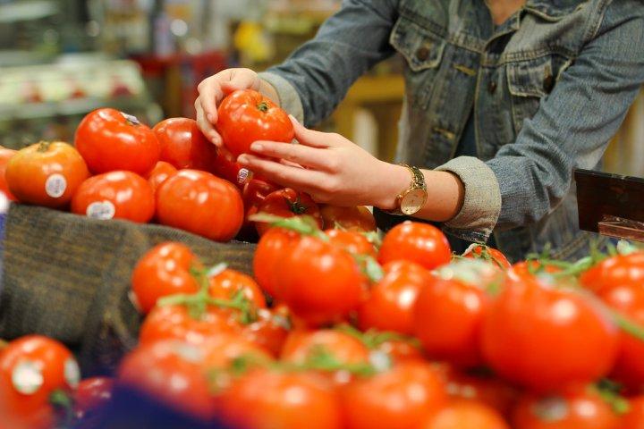 gourmetgab_tomatocloseup