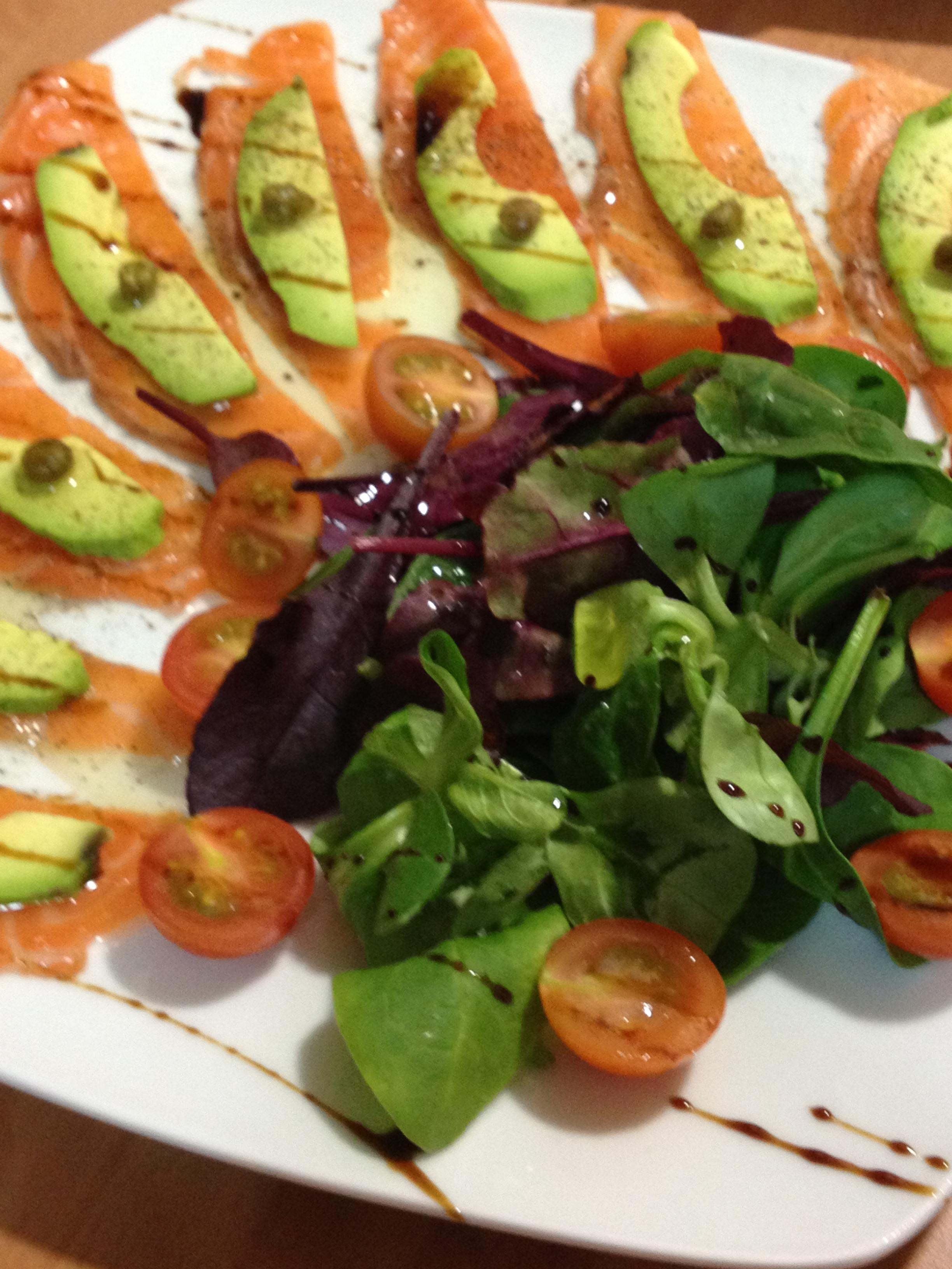 Formas De Cocinar El Salmon   Receta De Carpaccio De Salmon Y Aguacate Gourmet Like Me Recetas